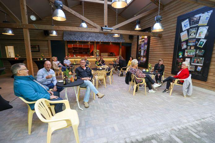 Opening nieuw horecaplein bij het openluchttheater in Luyksgestel.