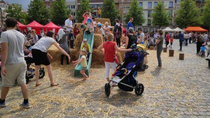 Landbouwers bezetten het Ladeuzeplein