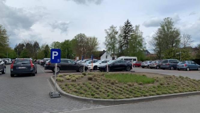 Verplichting parkeerschijf op parking Rivierstraat door drukte vaccinatiecentrum