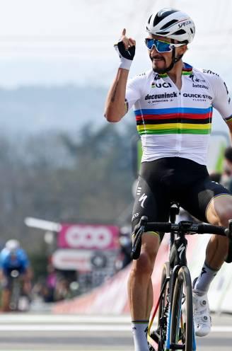 Julian Alaphilippe wint derde Waalse Pijl, wereldkampioen remonteert Roglic in spektakel op Muur van Hoei