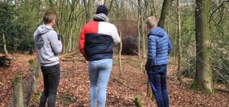EOD brengt door voetballers gevonden granaat tot ontploffing in Heveadorp