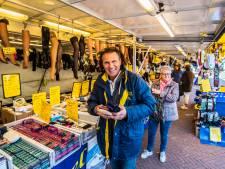 Op de markt in Borne straalt iedereen: 'O, wat heb ik dit gemist!'