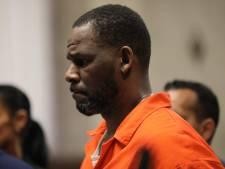 """R. Kelly se voyait comme un """"génie"""" pouvant agir dans l'impunité, accuse une victime présumée"""