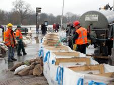 Moeten we de zandzakken langs de IJssel al klaarzetten na alle sneeuwval in Oostenrijk?