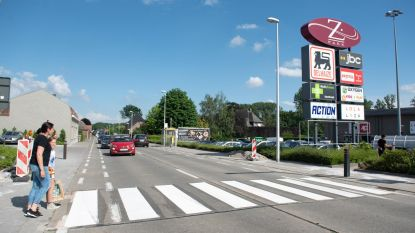 Zebrapad voor veilige oversteek aan Z-Park