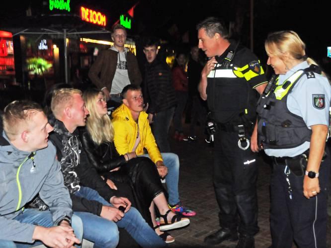 Illegale feestjes, harde muziek, en lachgas; een avond mee met de politie in Renesse