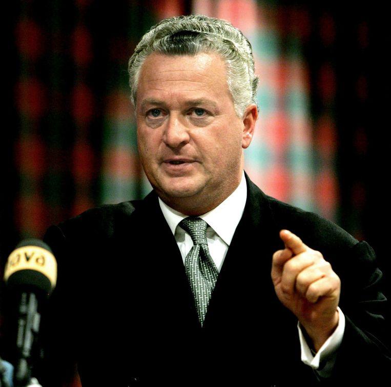 Bram Moszkowicz tijdens de persconferentie waarin hij bekendmaakte de verdediging van Willem Holleeder neer te leggen. Beeld null