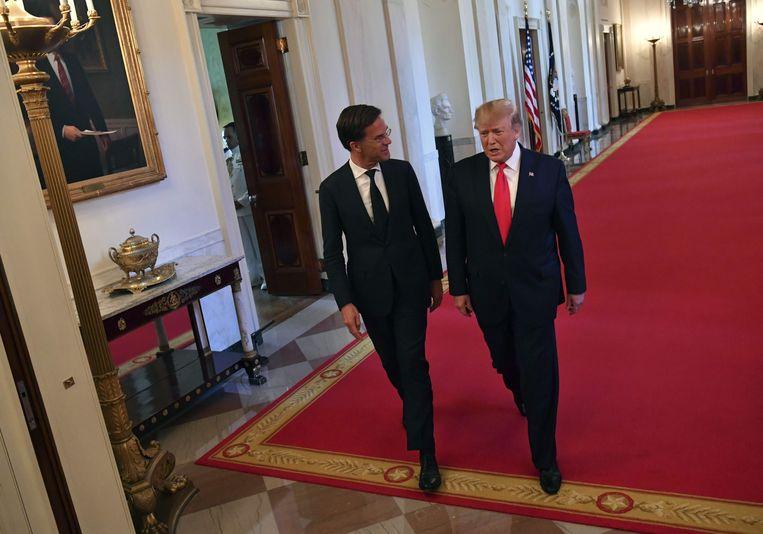 President Donald Trump met premier Mark Rutte . Beeld AFP