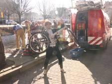 Brandweer duikt het water in voor man die fiets verliest tijdens eerste date