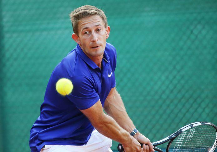 Karel Ternier is voetballer af en focust nu op tennis. De Koksijdenaar haalde in TC l'Armorial in zijn reeks de finale