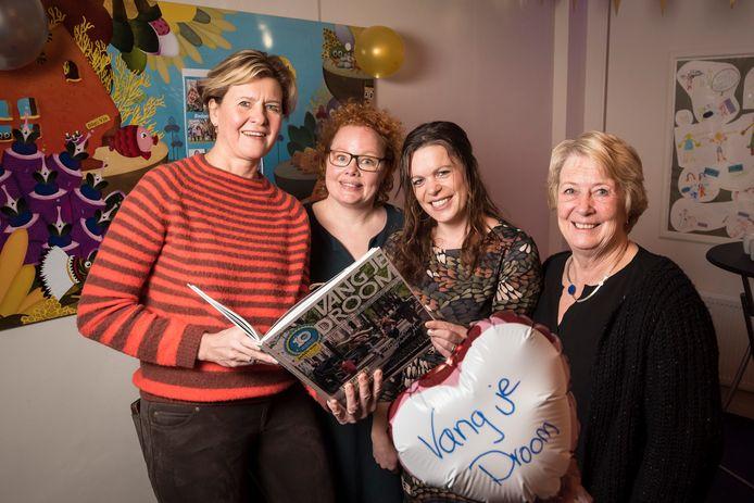 Jessica Heutink , Judith Koerhuis, Linda Kampman en Yvonne de Jonge van 'Vang je Droom'.
