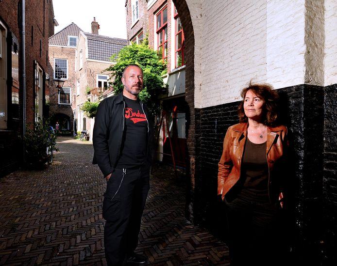 Makers Clarissa Griffoen en Yvo van der Vat van de Dordtse documentaire 'Het ware verhaal'.