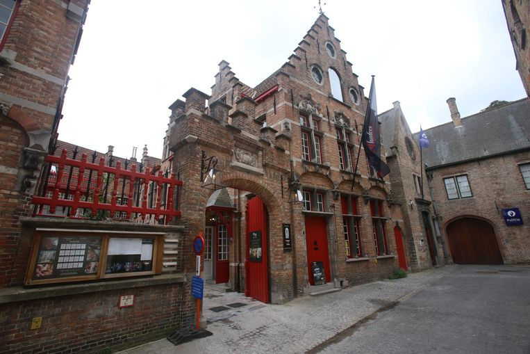 De nieuwe stadsbrouwerij bevindt zich in een pand in de Kartuizerinnestraat.