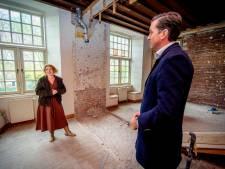 Nieuwe gordijnen en meubels voor Kasteel Wijchen, mogelijk gemaakt door bezuiniging op notulist