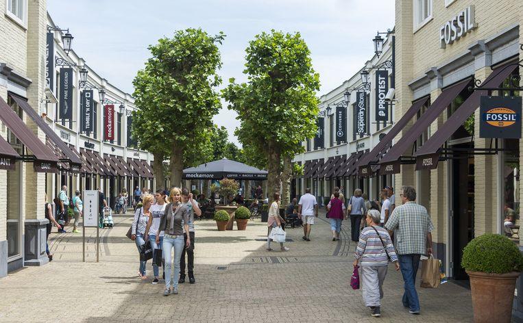 Batavia Stad Fashion Outlet in Lelystad, dat wel goed loopt en uitbreidt met 5.500. Beeld ANP