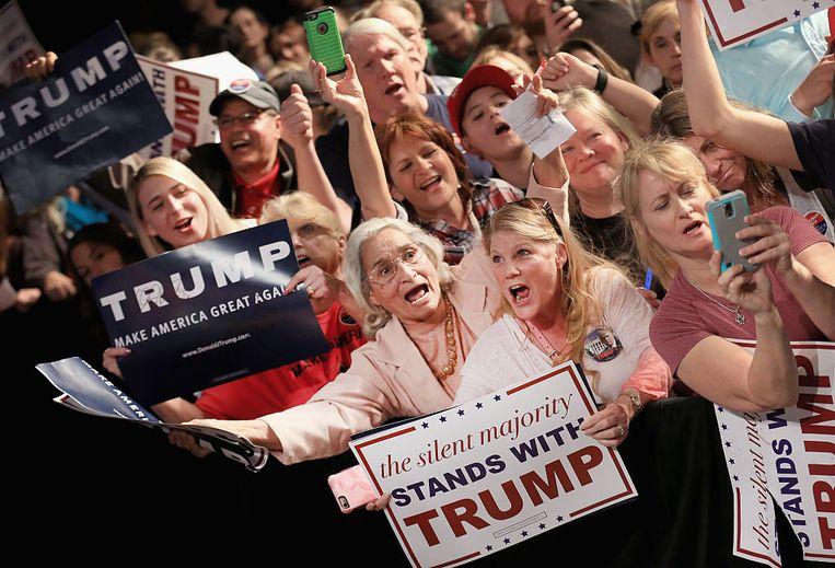 Dave Eggers: 'Ik ontdekte dat Trumps openlijke leugens en corruptie die kiezers weinig kunnen schelen. Ze gaan er immers van uit dat alle politici sowieso corrupte leugenaars zijn.' Beeld Getty Images