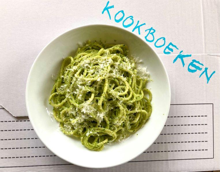 Spaghetti met kappertjes-en-ansjovissaus Beeld Sake Slootweg