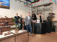 SchoenenZaken opent winkel in Zwolle in tijden van coronavirus: 'We hebben er vertrouwen in'