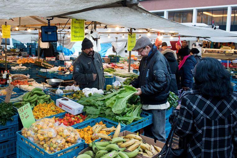 De markt bij de Amsterdamse Poort. Beeld anp