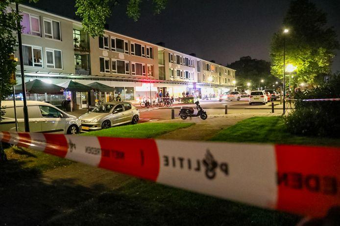 De Schimmelpenninckstraat werd afgezet door de politie.