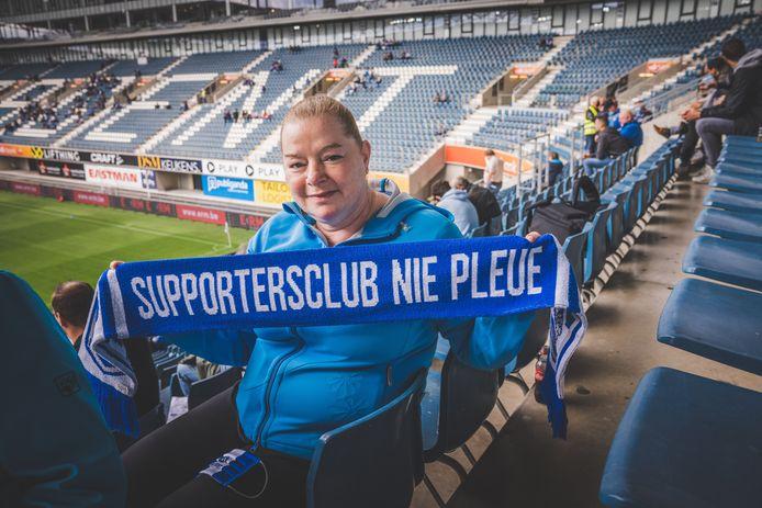 Buffalo Marleen, Ni pleue, supportersclub AA Gent