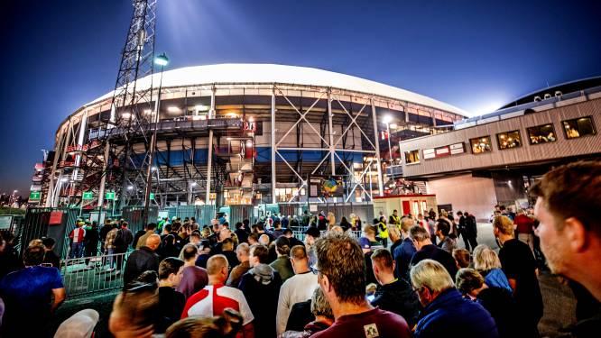 Feyenoord sluit coronajaar af met miljoenenverlies door uitblijven transfers: 'Zitten in spannende fase'