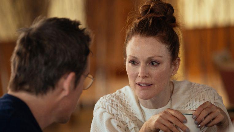 Julianne Moore en Ethan Hawke in Maggie's Plan Beeld John Pack
