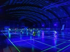 'Blacklight badminton' in sporthal Luisbekelaar in Borgerhout