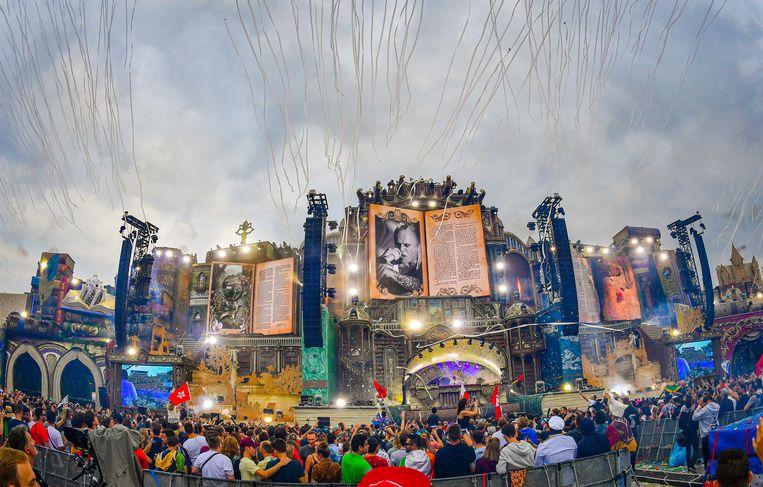 Ook op Tomorrowland zouden al naaktfouilles gebeurd zijn.  Beeld Joel Hoylaerts / Photo News