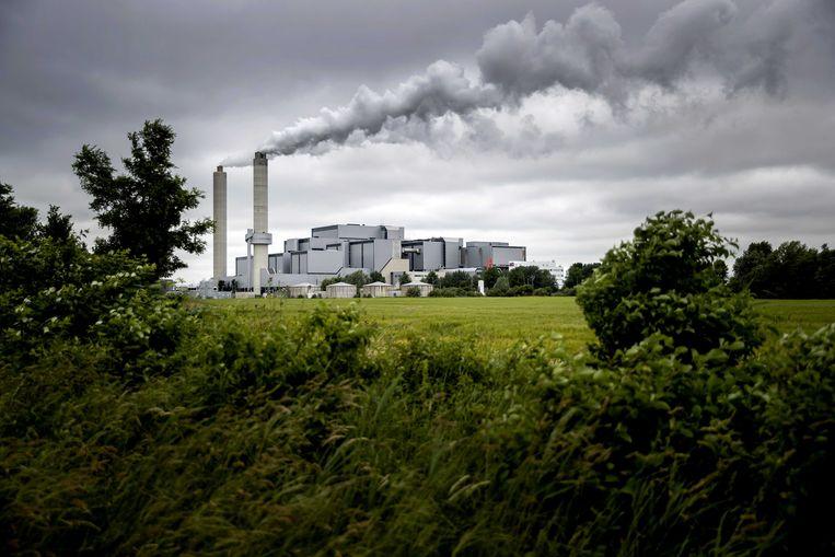 Het afval-energiebedrijf AEB in Westpoort. Beeld ANP