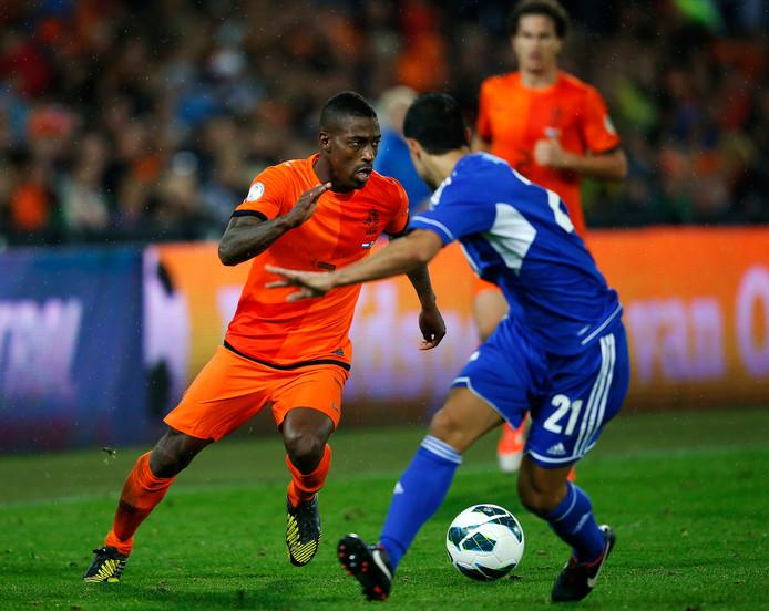 Ruben Schaken speelt Garcia Renom zoek tijdens zijn debuut tegen Andorra.