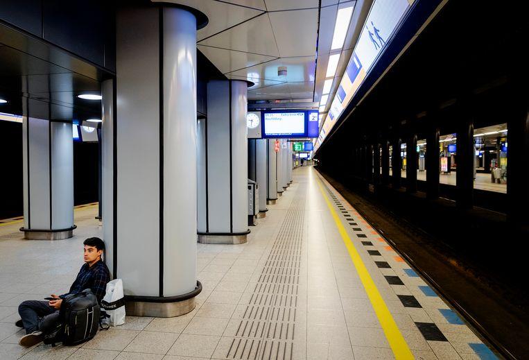 Momenteel is er beperkt treinverkeer van en naar Schiphol. Beeld ANP