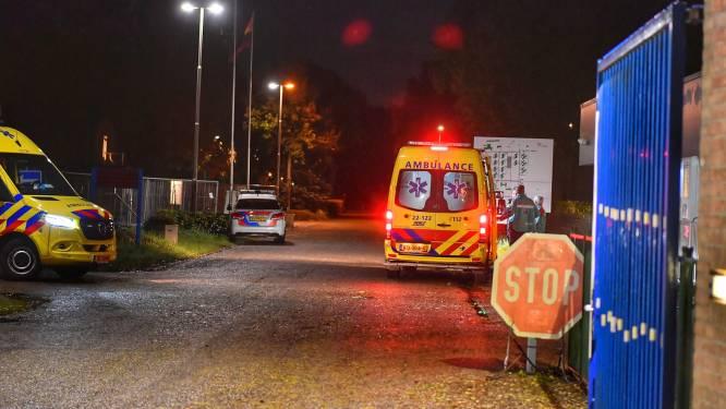 Lichtgewonde bij steekpartij in azc Budel, verdachte (28) opgepakt