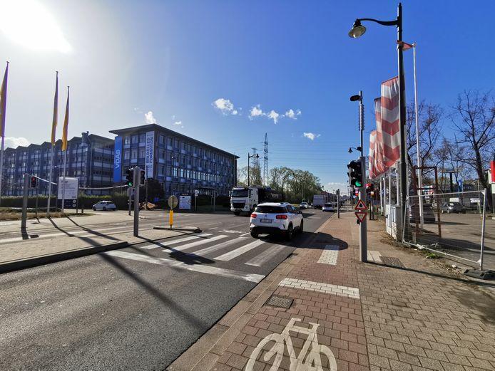 De bewuste camera op de Bergensesteenweg, op de grens van Anderlecht en Sint-Pieters-Leeuw.
