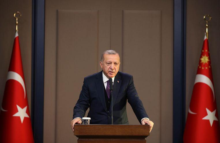 Recep Erdogan. De Turkse president dreigt zijn veto uit te spreken tegen de verdediging van de Baltische staten.  Beeld AP