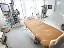 Ruw van binnen, glad van buiten: Eindhovense hoes helpt doorligwonden voorkomen