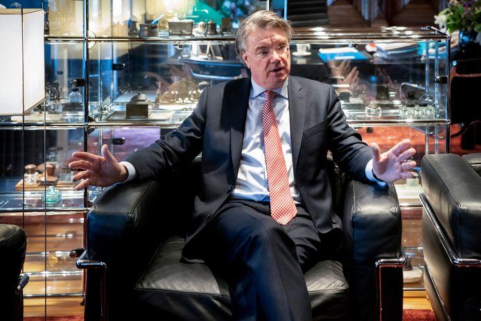 Wim van de Donk stopt als commissaris van de Koning.