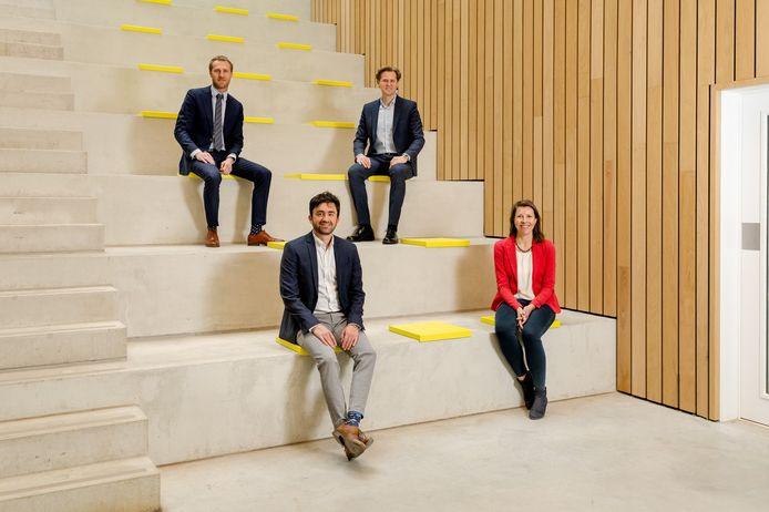 Het team achter D-CRBN, met rechts onderaan Annemie Bogaerts en met de klok mee Georgi Trenchev, Gill Scheltjens en David Ziegler.