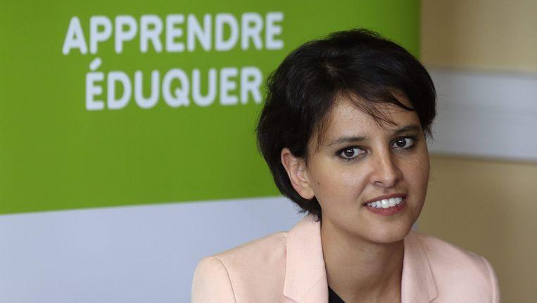 Onderwijs-minister Najat Vallaud-Belkacem tijdens een bijeenkomst met leraren. Beeld reuters