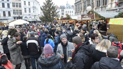 """NSZ: """"Antwerpse kerstmarkt is te duur voor start-ups"""""""