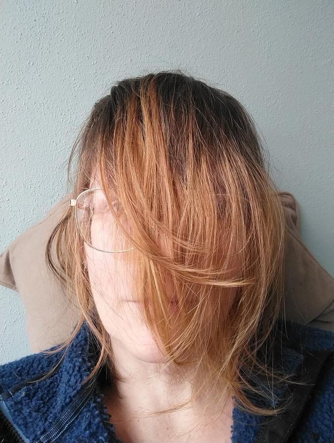 Eveliene Klippel besloot tijdens de vorige lockdown maar om haar haar te laten groeien. Of dat een succes is, mag u zelf beoordelen.