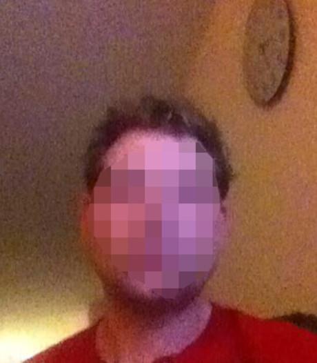 Amsterdamse seriemoordenaar Sjonny W. doet zelfmoordpoging in cel