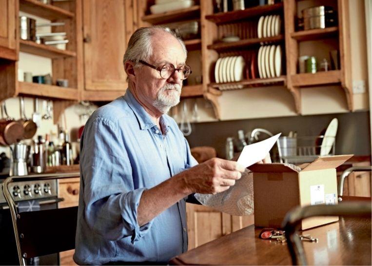 'Jim Broadbent, die antiquarische Britse klasbak, is als immer een genoegen in 'The Sense of an Ending'' Beeld