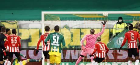 PSV koerst steeds meer af op een ordinair tussenjaar
