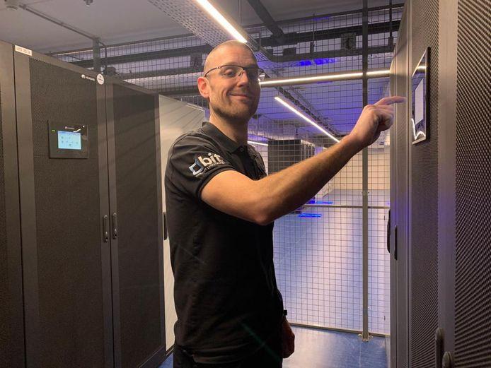 Manager Datacenterbeheer Peter van Wijk.