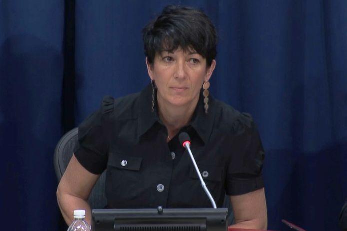 L'ancienne compagne de Jeffrey Epstein, Ghislaine Maxwell, a été accusée par plusieurs victimes présumées d'avoir joué un rôle déterminant dans l'organisation du réseau présumé d'exploitation de mineures.