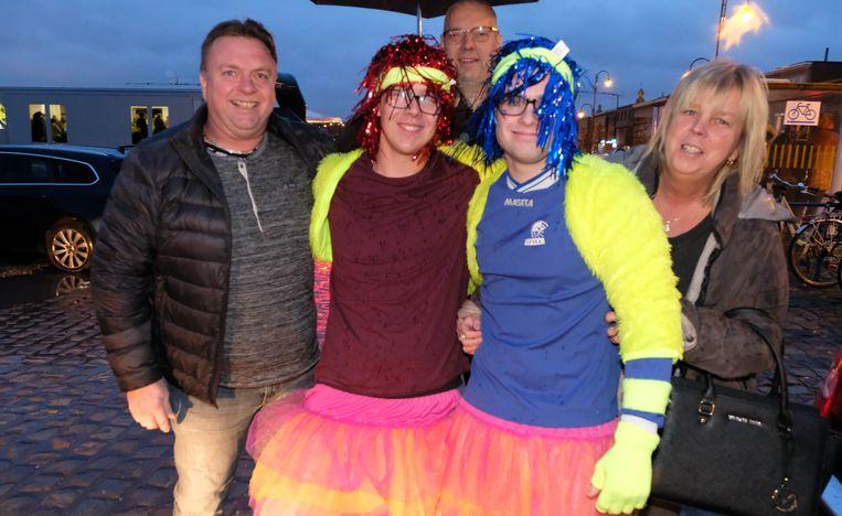 Kenny en Jarne met hun supporters
