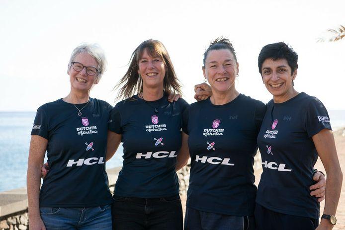 Remke, Astrid, Désirée en Bela op de Canarische Eilanden, vlak voor de start,