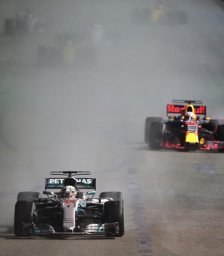 Bekijk hier de samenvatting van de chaotische Grand Prix van Singapore