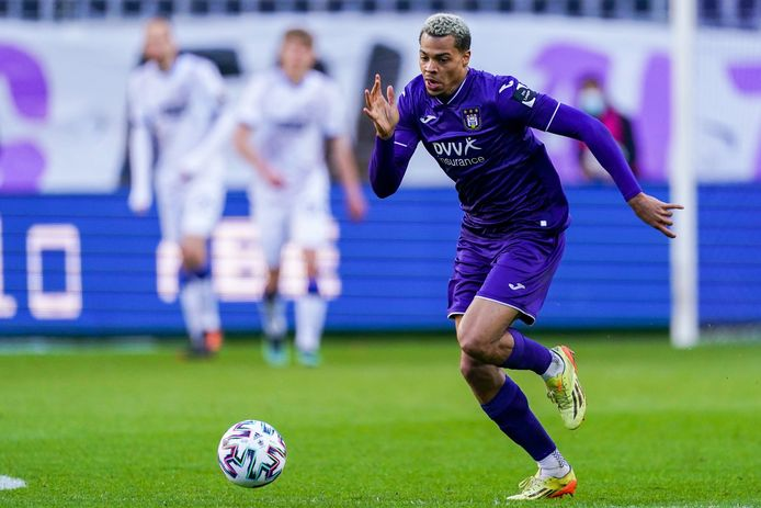 14 buts et un temps de jeu qui frôle les 100%: Lukas Nmecha est rapidement devenu indispensable à Anderlecht.